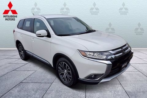 Pre-Owned 2016 Mitsubishi Outlander 2WD 4dr SE FWD Sport Utility